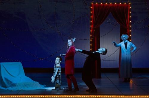 """Une mise en scène de """"Faust"""" par Robert Wilson"""